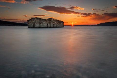 5 интересни туристически обекти и места за магически снимки